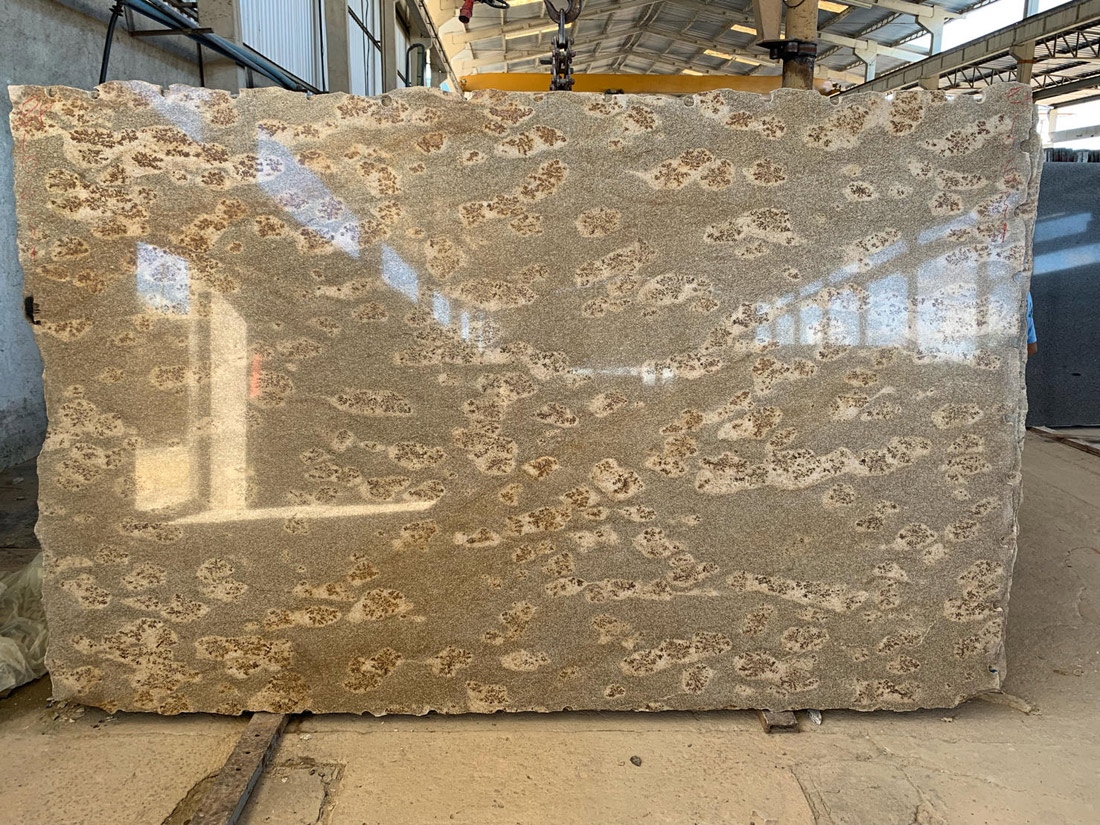 Jaguar Brow Granite Slabs