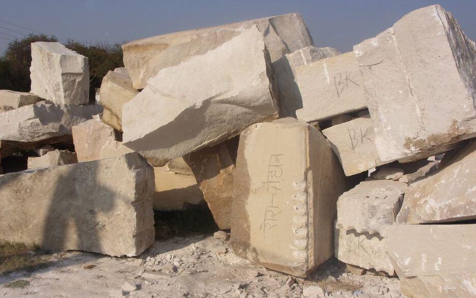 Red Soapstone Blocks : Sandstone blocks rough for sale