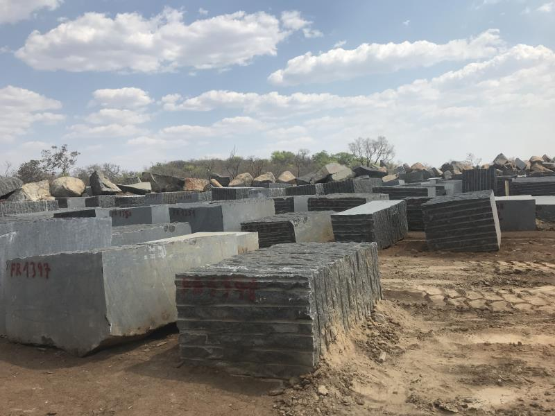 Black Angola Granite Natural Blocks