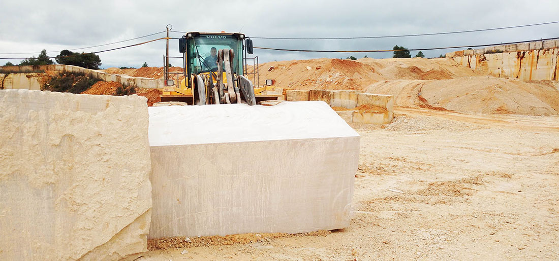 Moca Cream Limestone Blocks Portugal Natural Limestone Rocks