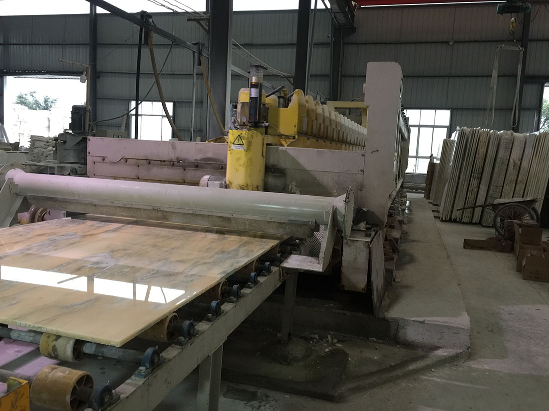 Slabs polishing line