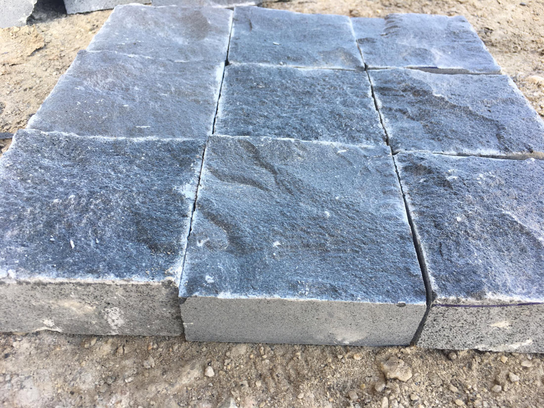 Vietnam Absolute Black Basalt Paving Stones