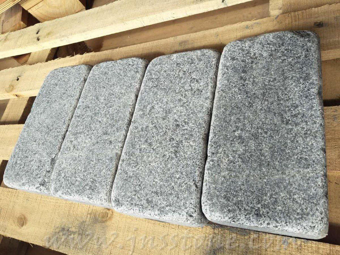 G654 Granite Tumbled Paving Stones for UK Market
