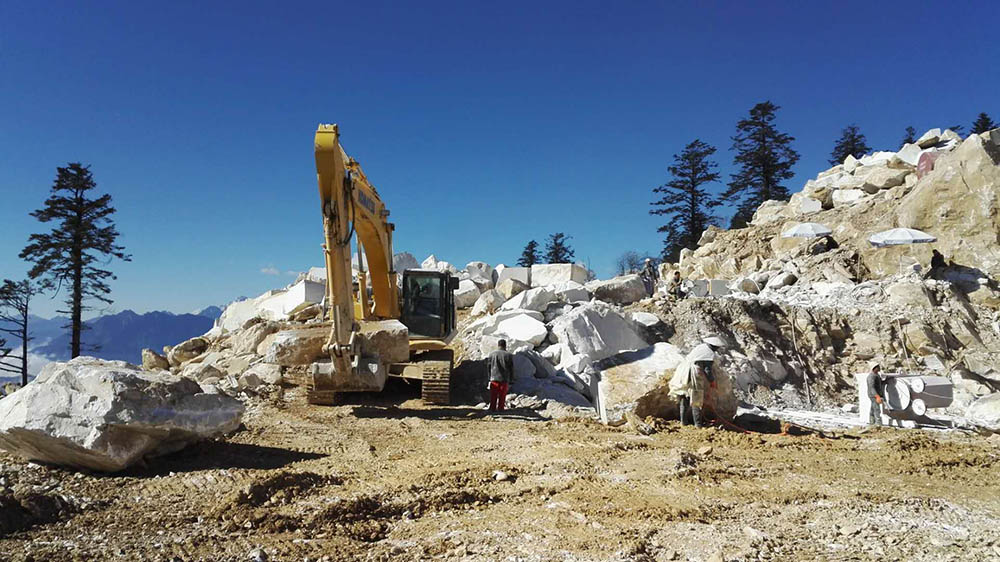 New Oriental White Marble Quarry