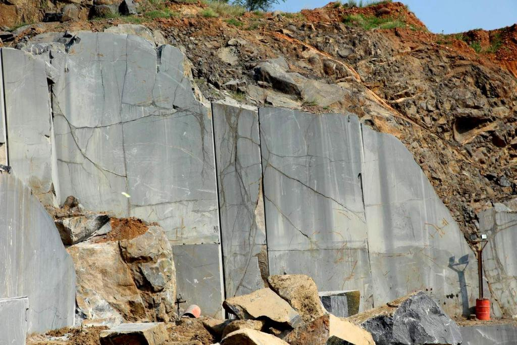 Black Galaxy Granite Quarry
