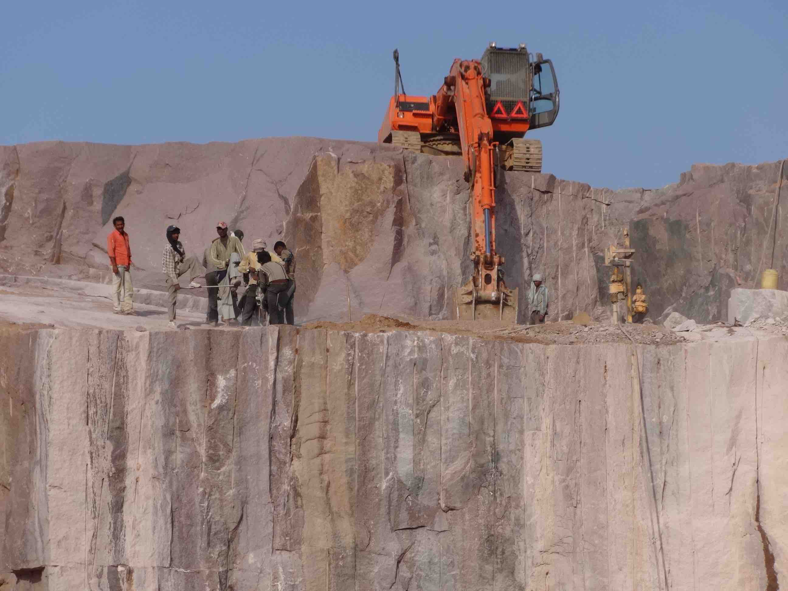 NEW IMPERIAL RED Granite Quarry