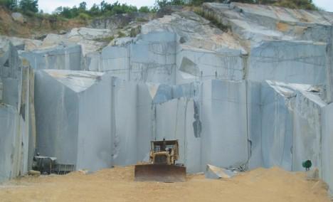 Suoi Lau White Quarry