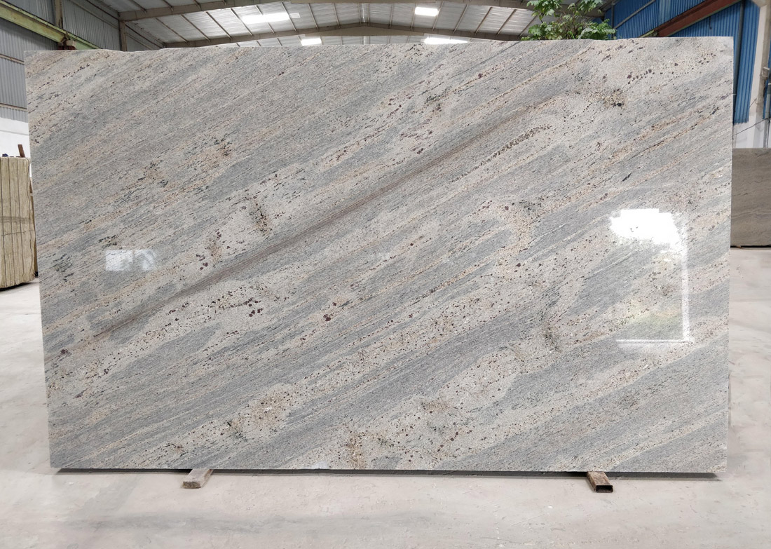 Indian Kashmir Gold Granite 2CM Gangsaw Slabs