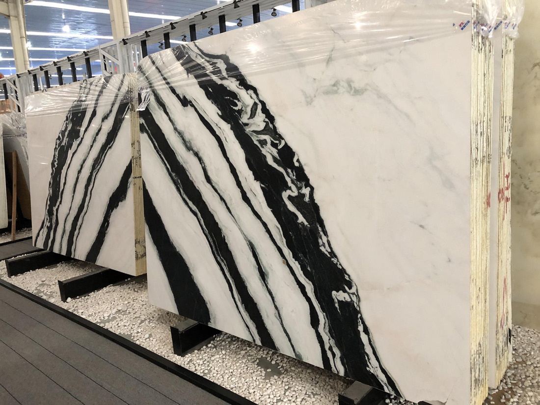 Panda White Marble Slabs Wholesale in Stock