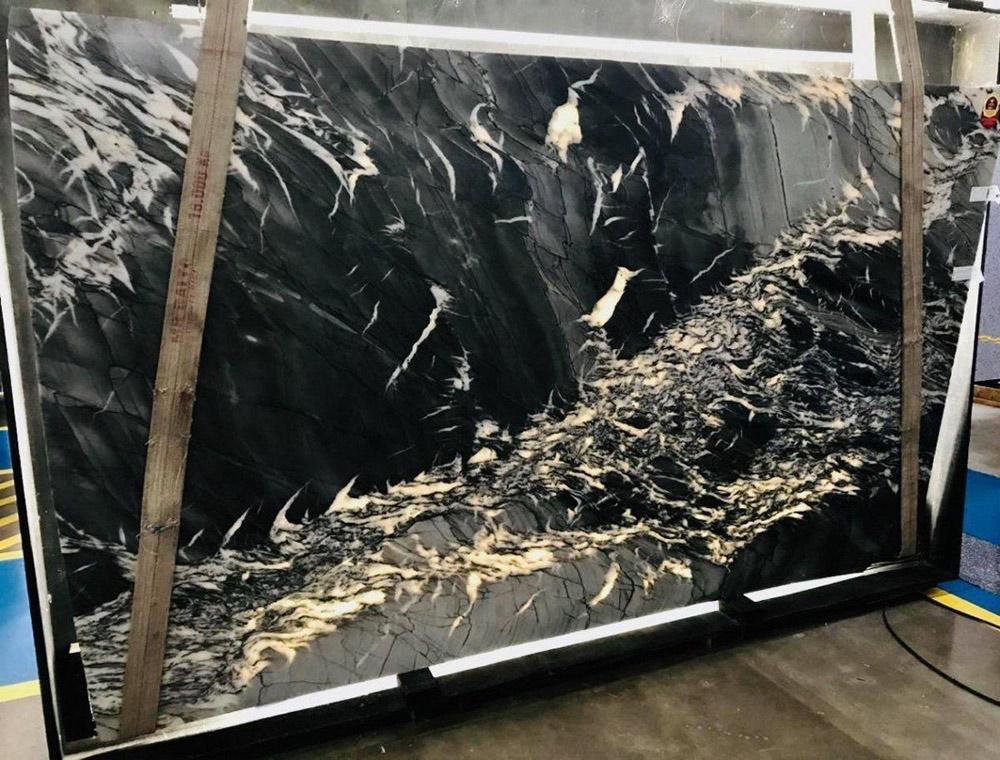 Fiery Typhoon Quartzite Slabs