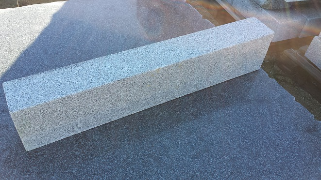 Grey Quintana Kerbstone Faces Flamed