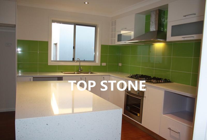 TOPSTONE green quartz tiles for kitchen
