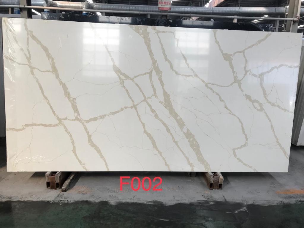 2021 hotsell quartz calacatta