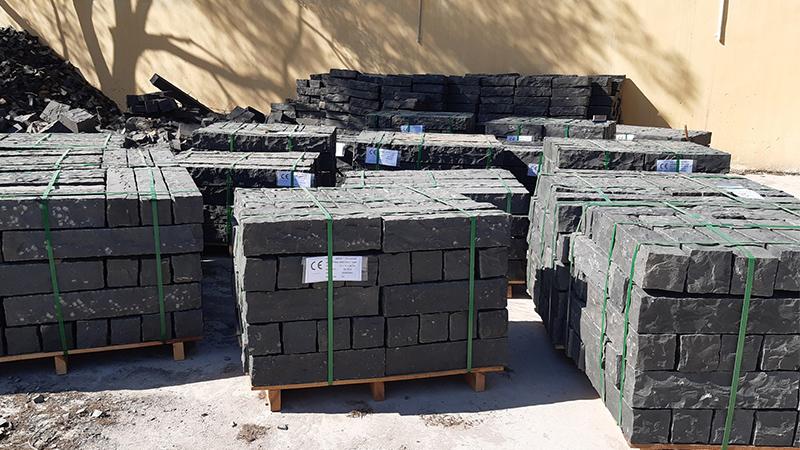 Black Basalt Palisades Handsplit