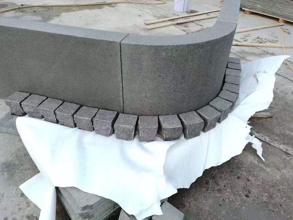 Nero black granite cubes