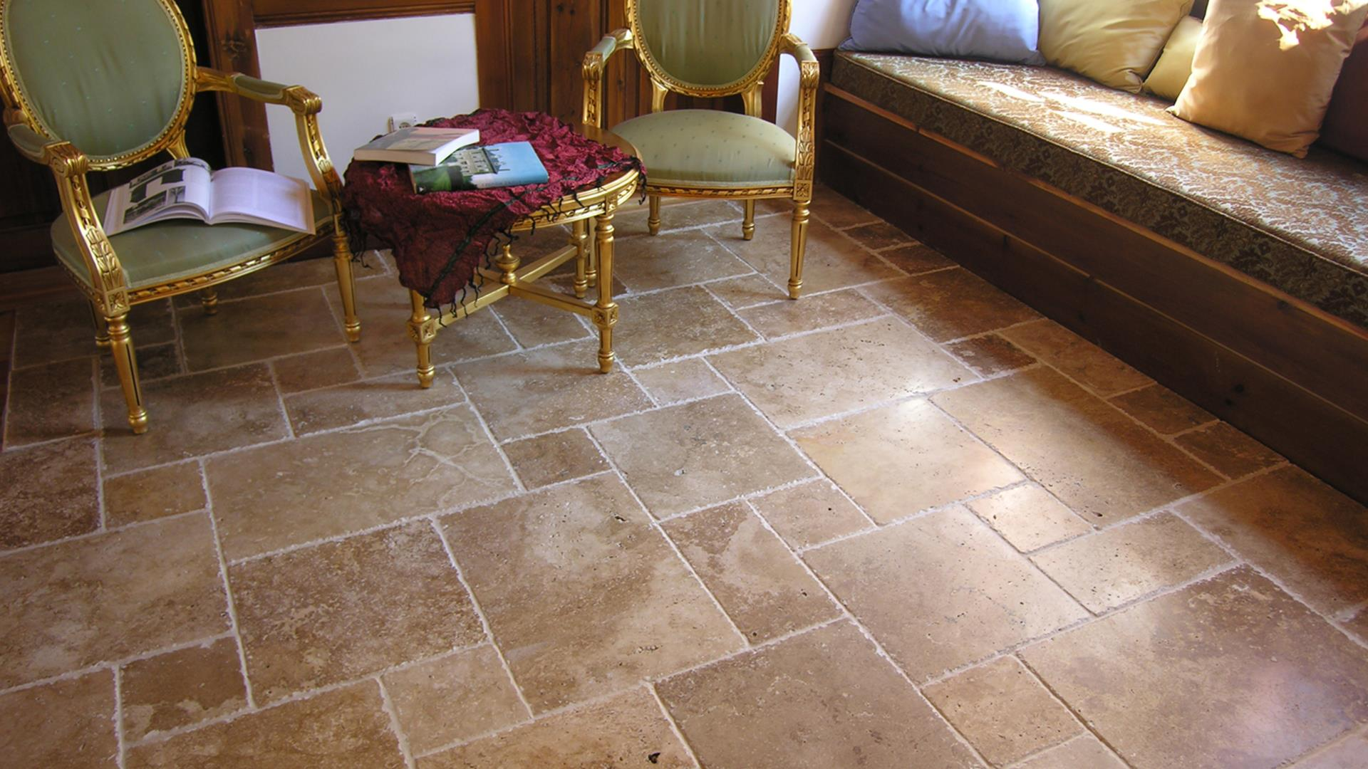 Warm Walnut - Noce Travertine Tiles