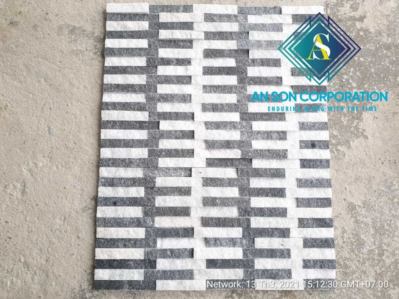 HOT COMBINE BLACK AND WHITE WALL PANEL