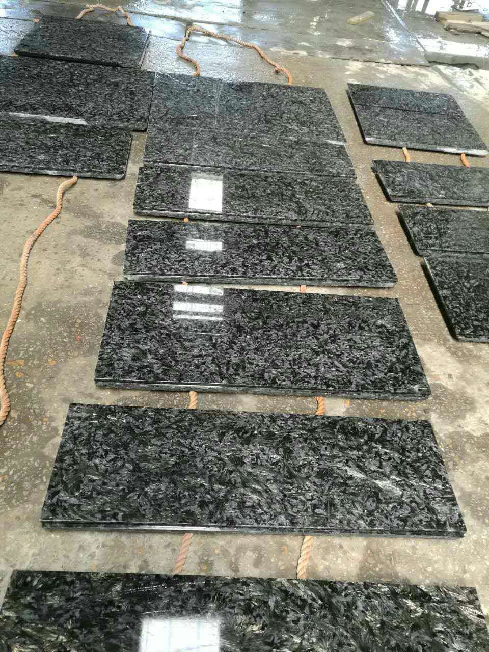 Gold diamond granite tile