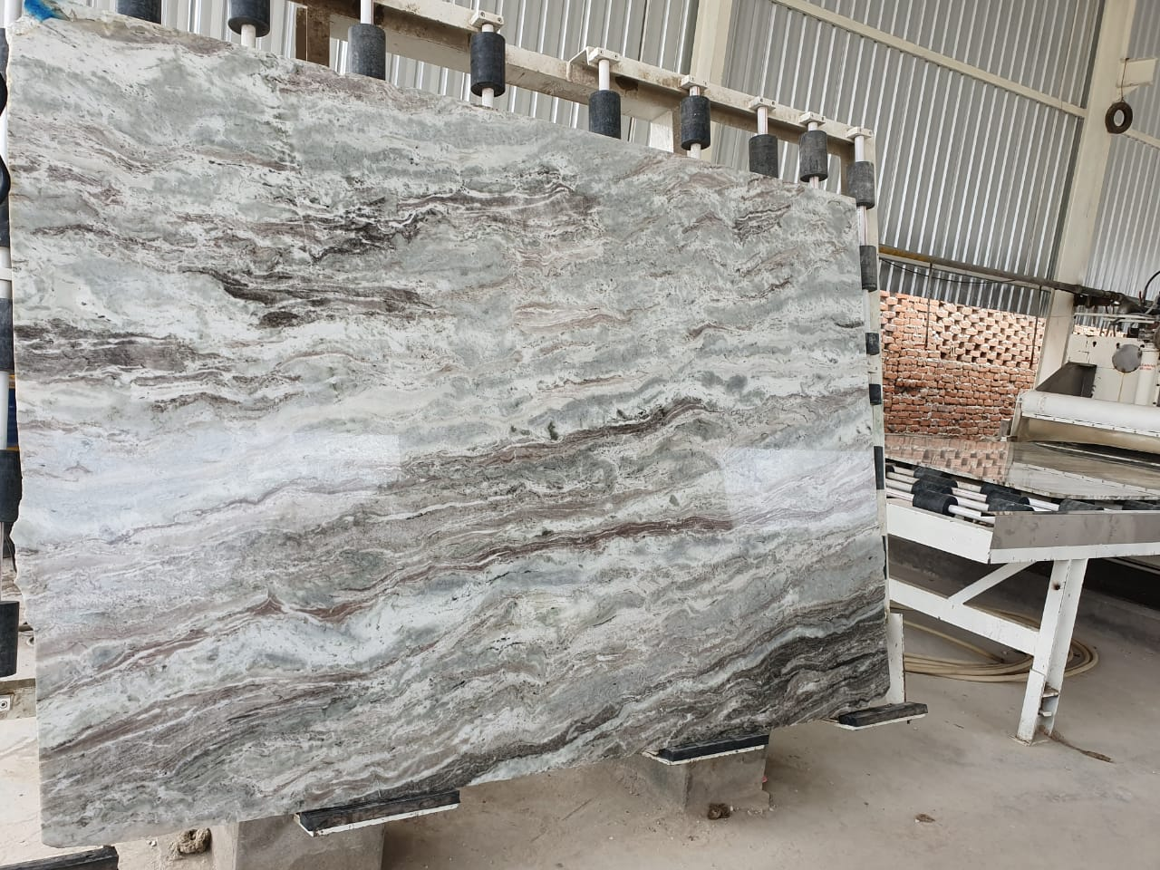 FANTASY GREY GRANITE SLABS