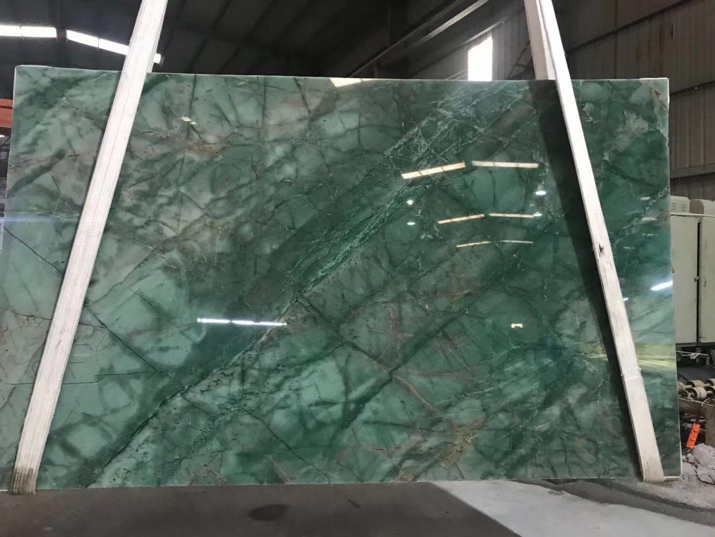 Natural quartz green