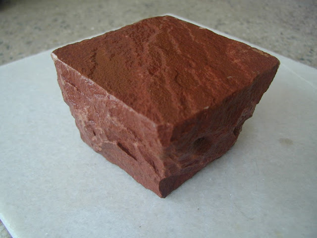 RED SANDSTONE COBBLE