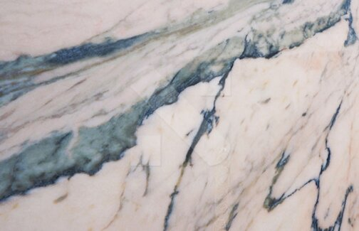 Rosa Venato marble tiles from Portugal