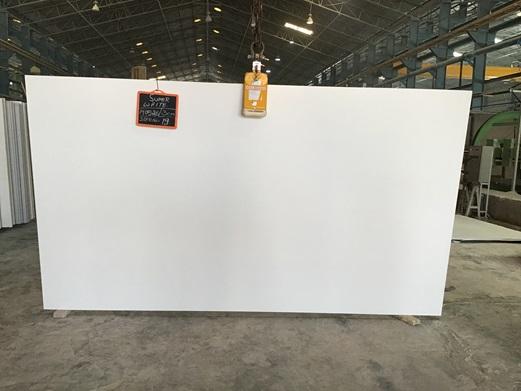 Super White - Quartz Slab