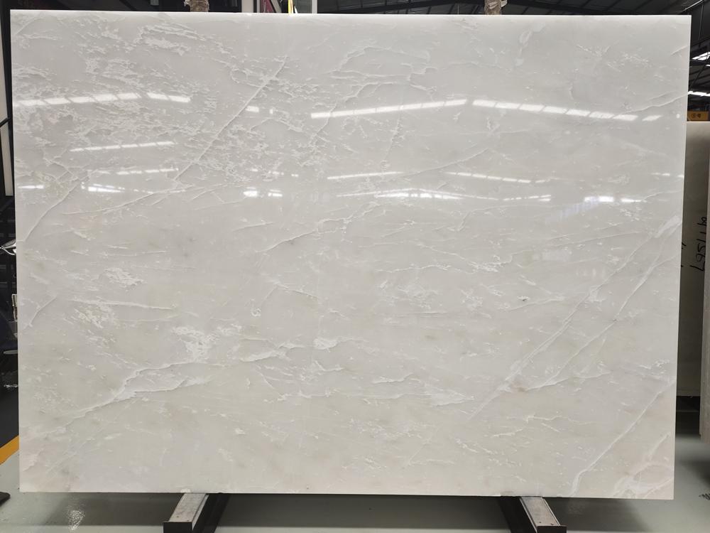 Translucent White Marble Ice Flake Jade Royal White Onyx Slabs