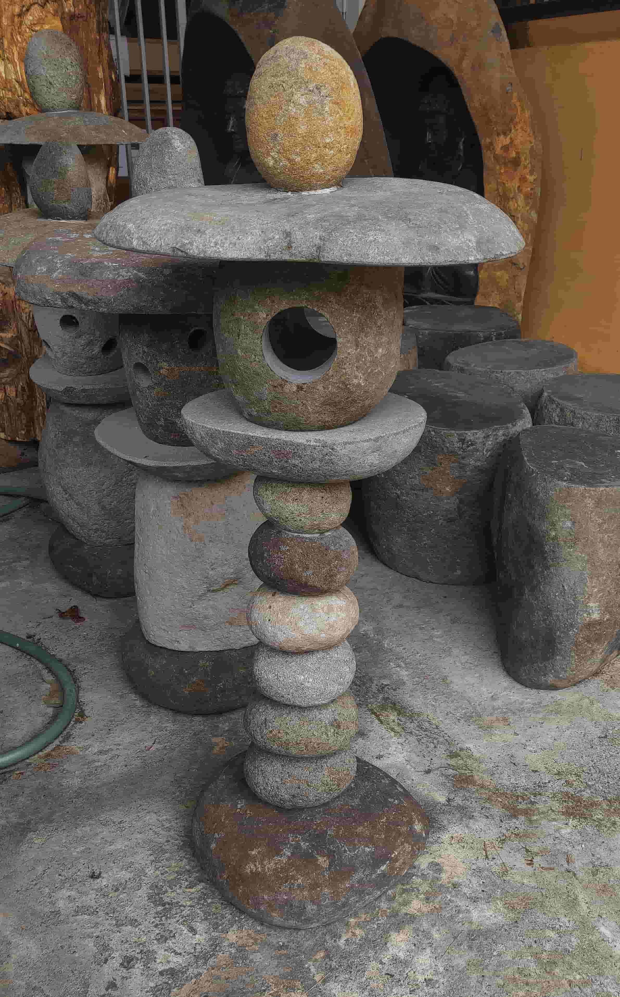 Natural Stone Garden Lamp
