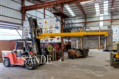 Forklift Boom for unload slabs from container