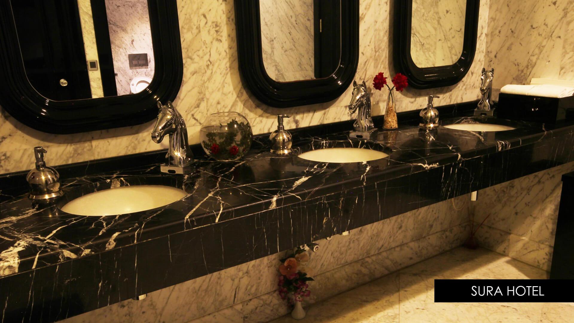 Black Marquina Marble-Bianca Carrara Marble