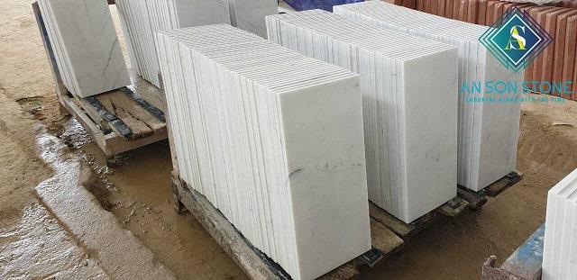 Small Carrara Marble Tile
