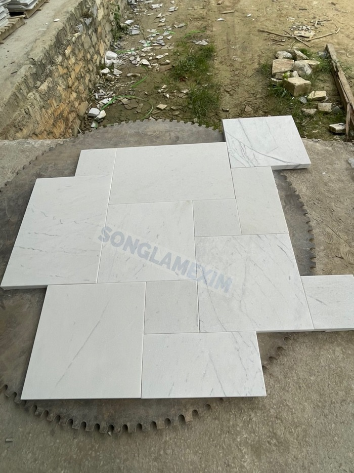 Milky White Marble French Pattern