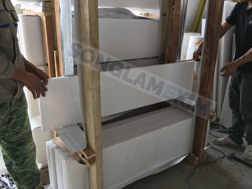 Vietnam White Marble Stairs & Risers