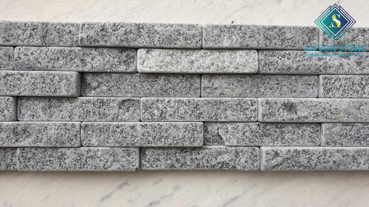 Black Tumble Stone