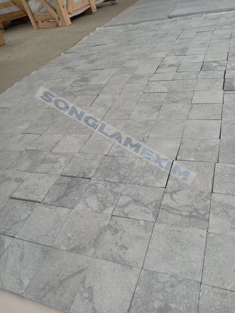 White Cloudy Marble Pavers