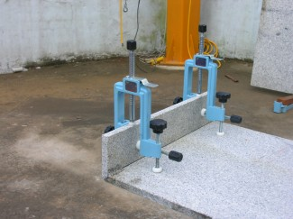 STONE 90 DEGREE CLAMP Stone 90 degree Install Clamp