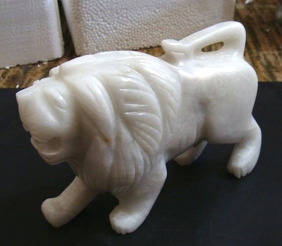 Ziarat White Marble Lion Sculpture