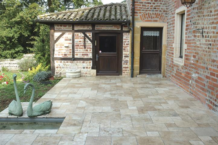 Classic Mix Travertine