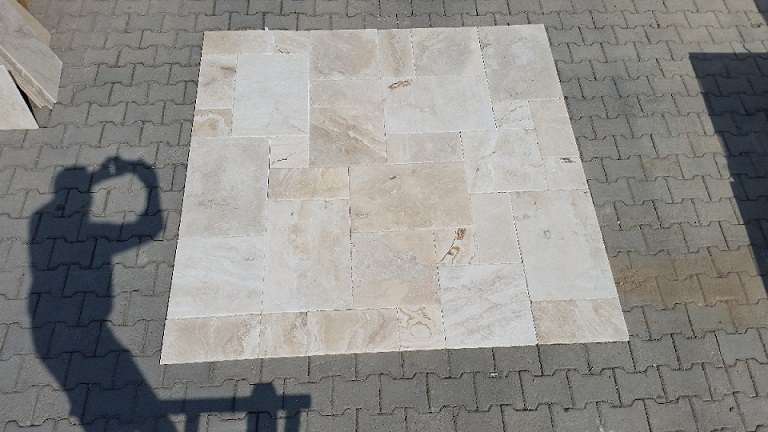 Ivory Picasso Travertine White