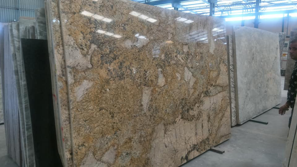 Alaska Gold Granite Big Slabs Polished Granite Slabs