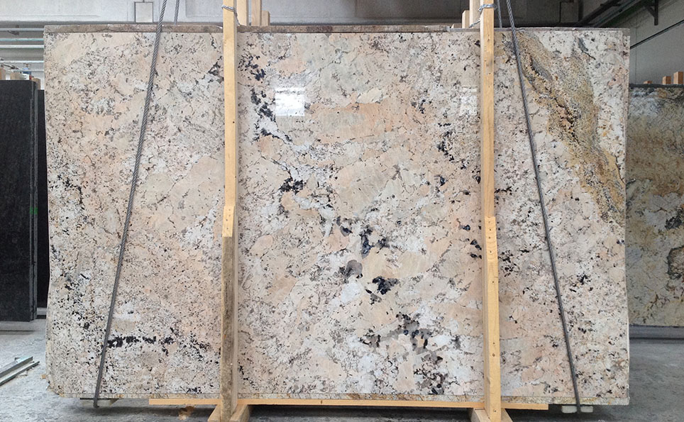 Alaska Gold Granite Slabs Indian Top Quality Granite Slabs