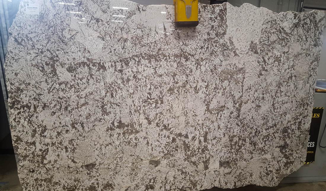 Alaska White Granite Slabs Brazil Polished White Granite for Countertops