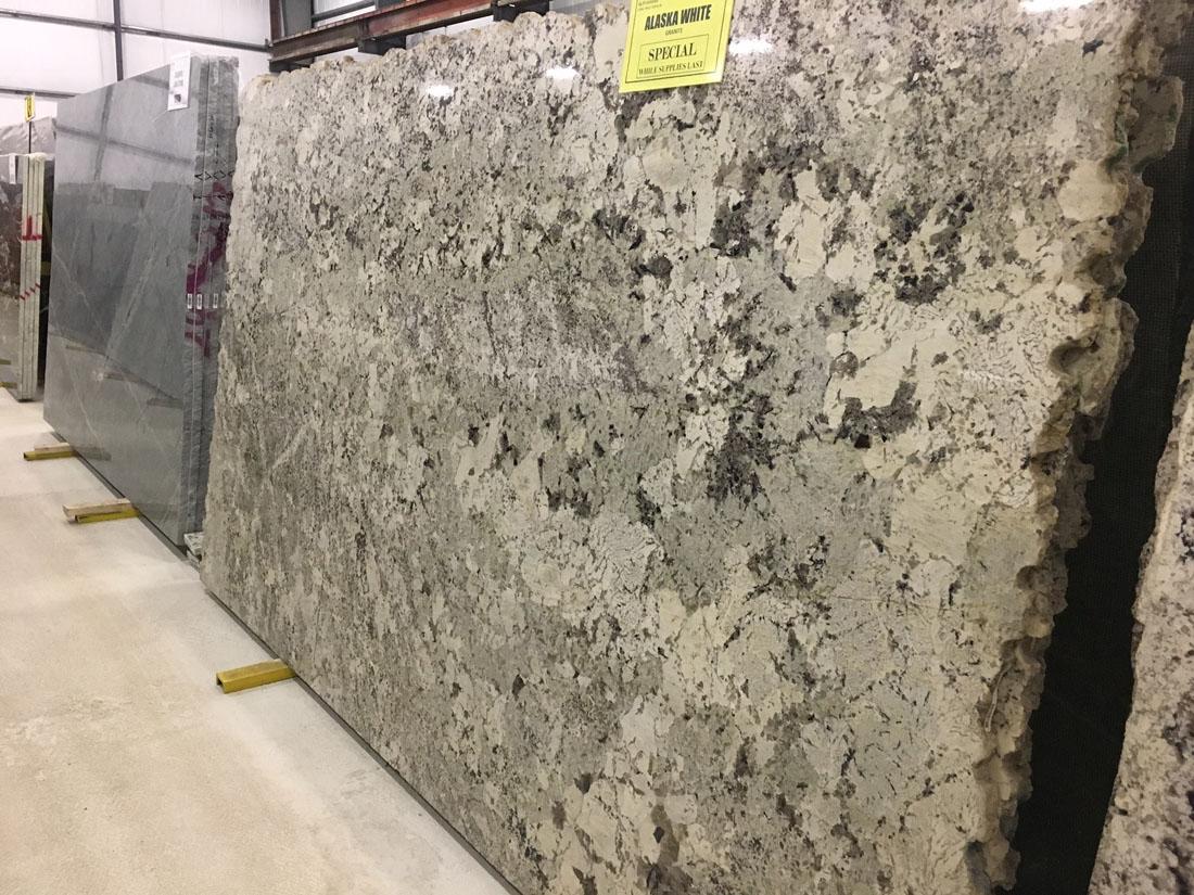 Alaska White Granite Slabs Brazilian Granite Slabs