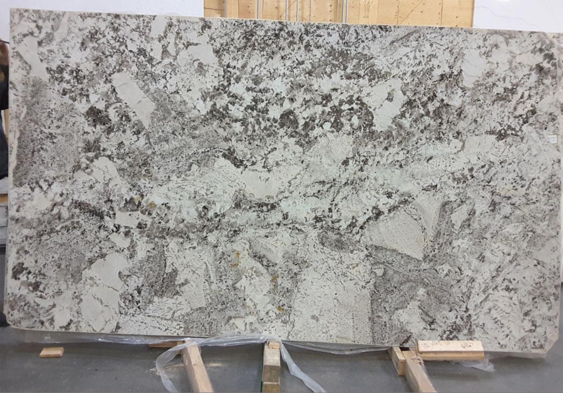 Alps White Granite Slabs White Brazil Granite Stone Slabs