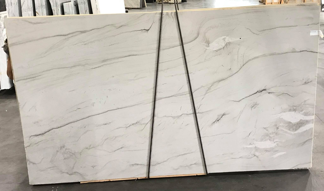 Aria Leathered White Slabs Quartzite Slabs for Kitchen Countertops