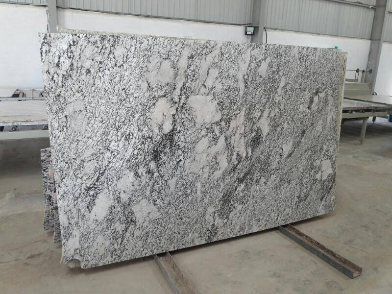 Aspen White Granite Slabs Indian White Polished Granite Slabs