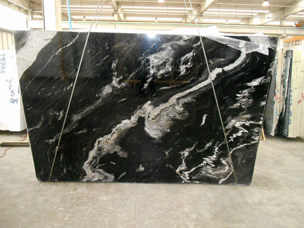 Astrus Black Natural Granite Slabs