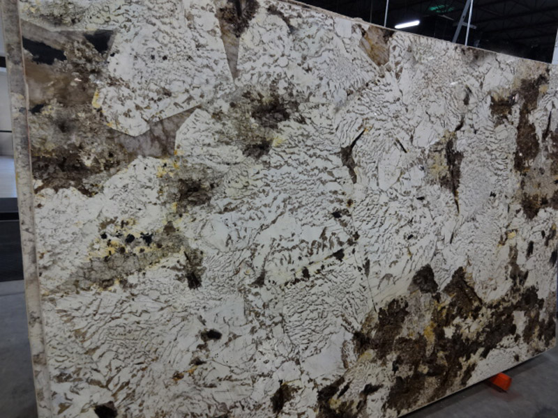 Aurora Supreme Polished White Granite Stone Slabs