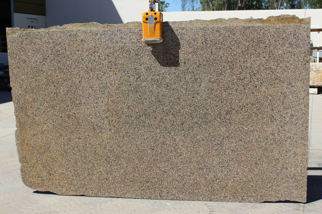 Autumn Harmony Granite Slabs Beige Granite Stone Slabs for Countertops
